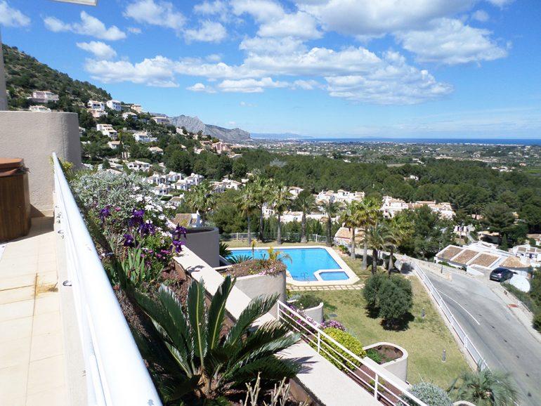 Foto 6 Vistes a la piscina Promocions Dénia, SL