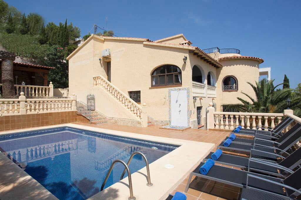 Piscina casa Berg Quality-Rent-a-Vila