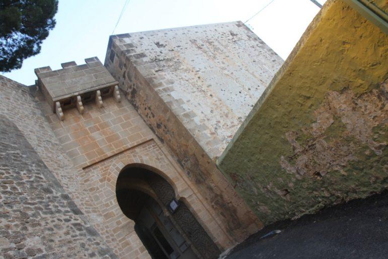 Ruta al atardecer por el Castillo de Dénia - Entrada