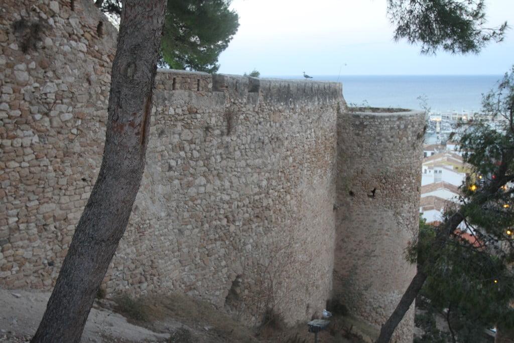 Ruta al atardecer por el Castillo de Dénia – Torres