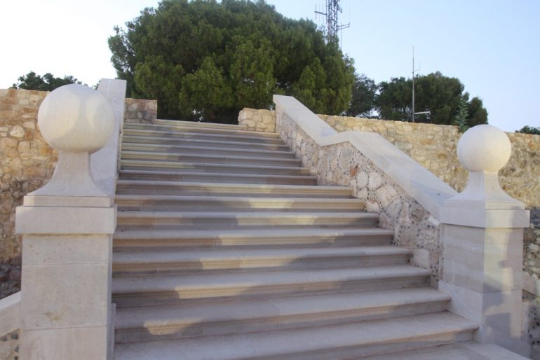 Sunset route through the Castle of Dénia - staircase of the palau