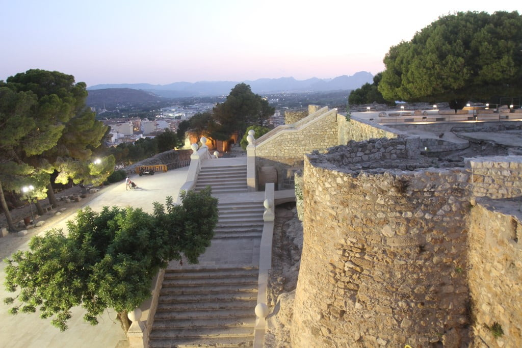 Route at sunset through the Castle of Dénia - view of the new staircase