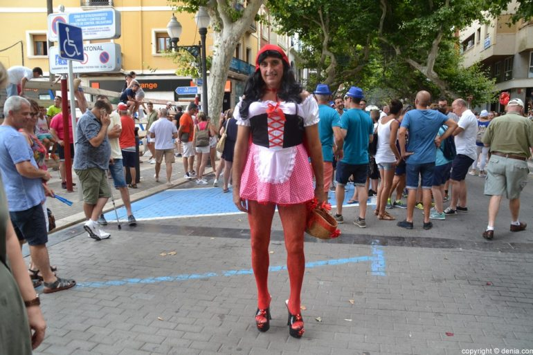 Primer día de fiestas de Dénia 2018 - Caperucita roja