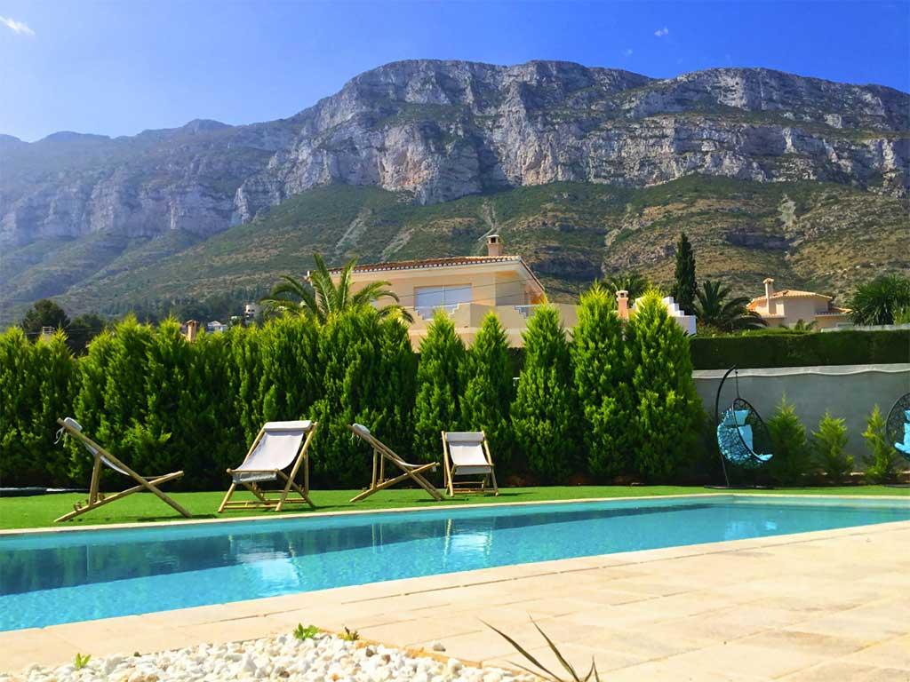 Villa amb vistes al Montgó Deniasol