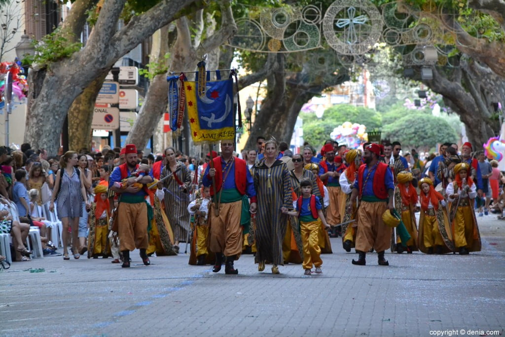 Kinder Parade Dénia 2018 - Fila Amiries