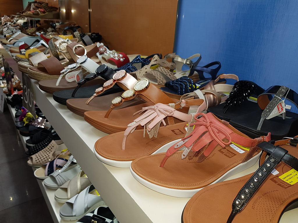 Amplia variedad de sandalias Calzados Ramón Marsal