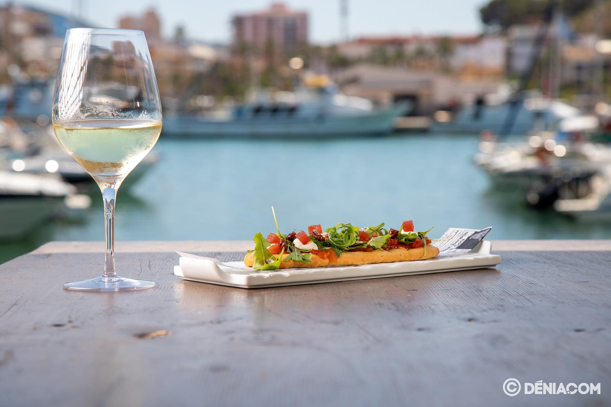 Menjar amb vistes a Dénia - Pa Picar Una cosa