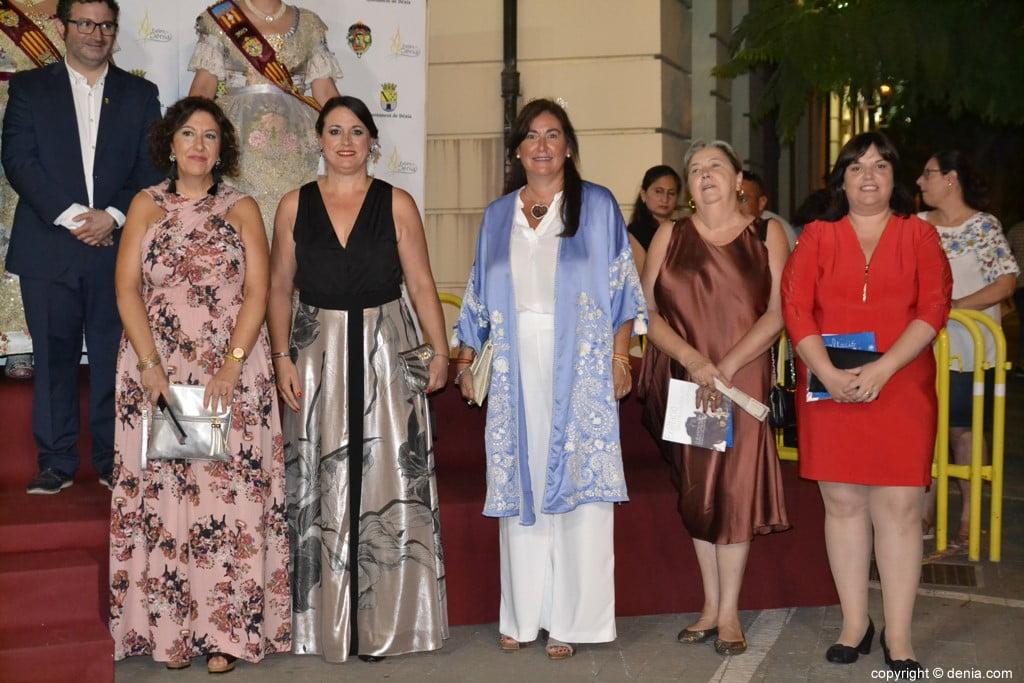 Invitados a la presentación de la fallera mayor de Dénia 2019 – concejalas del ayuntamiento