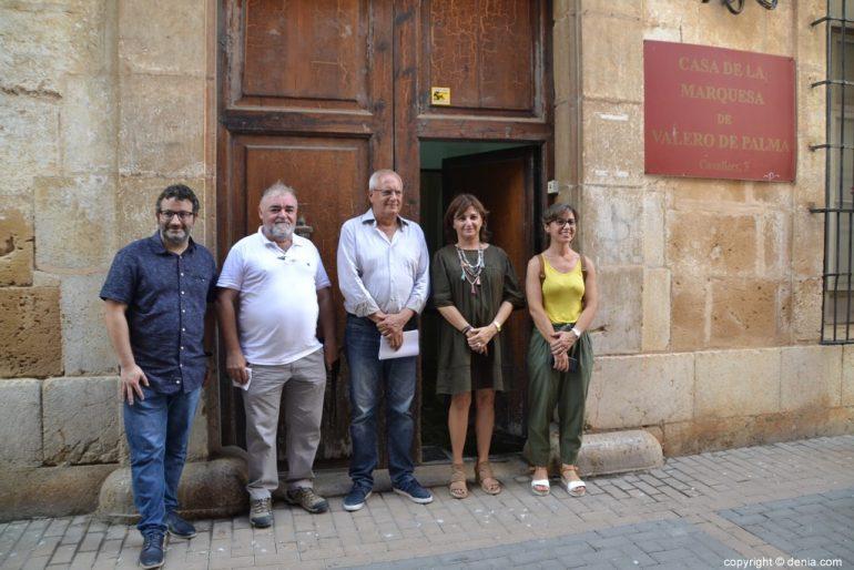 Carmen Amoraga visita le opere della Casa de la Marquesa Valero de Palma