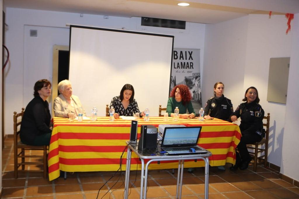 Charla sobre violencia de género e igualdad en Baix la Mar