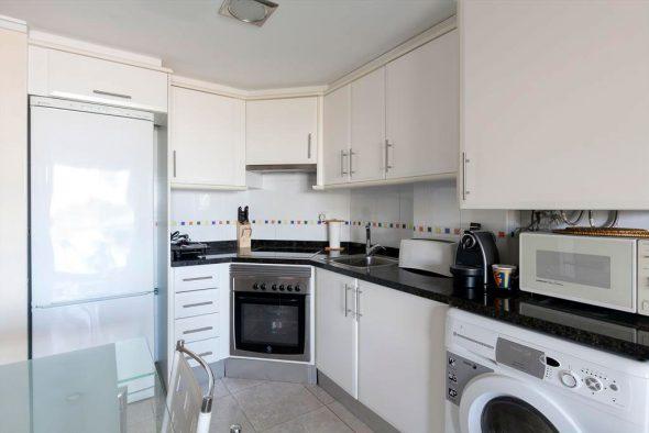 Fant stico apartamento en primera l nea de playa for Cocinas quality