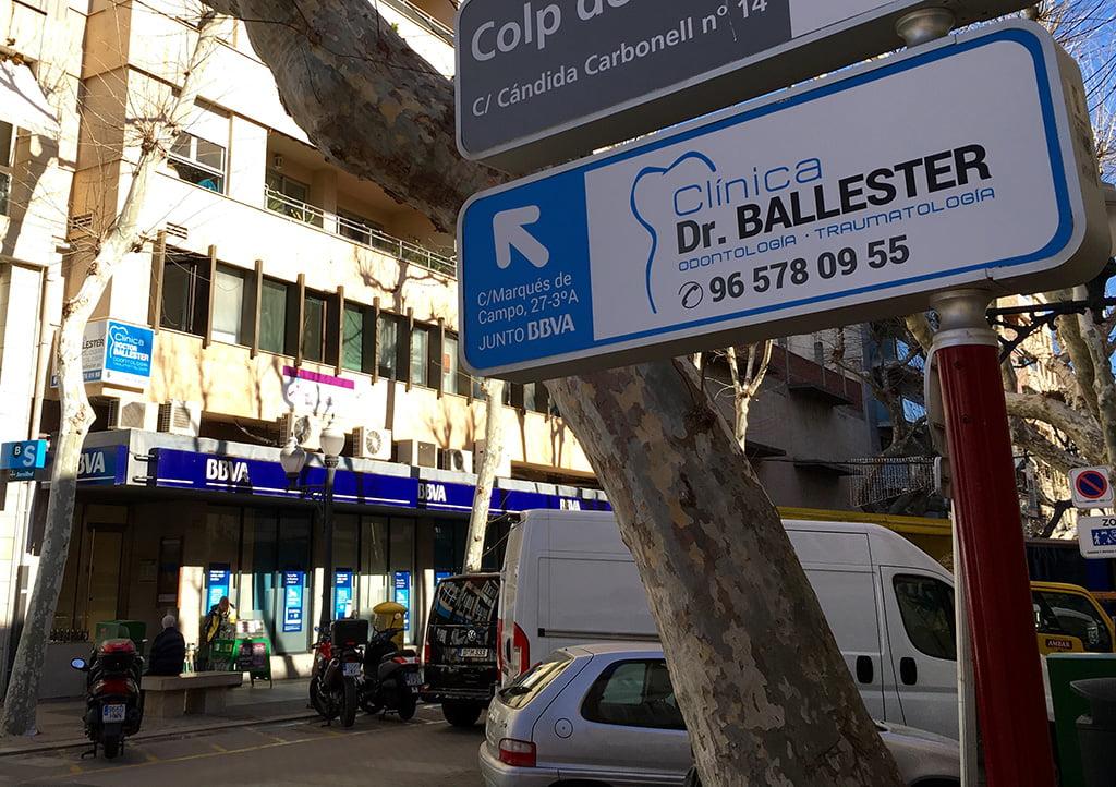 Fachada Clínica Dr.Ballester