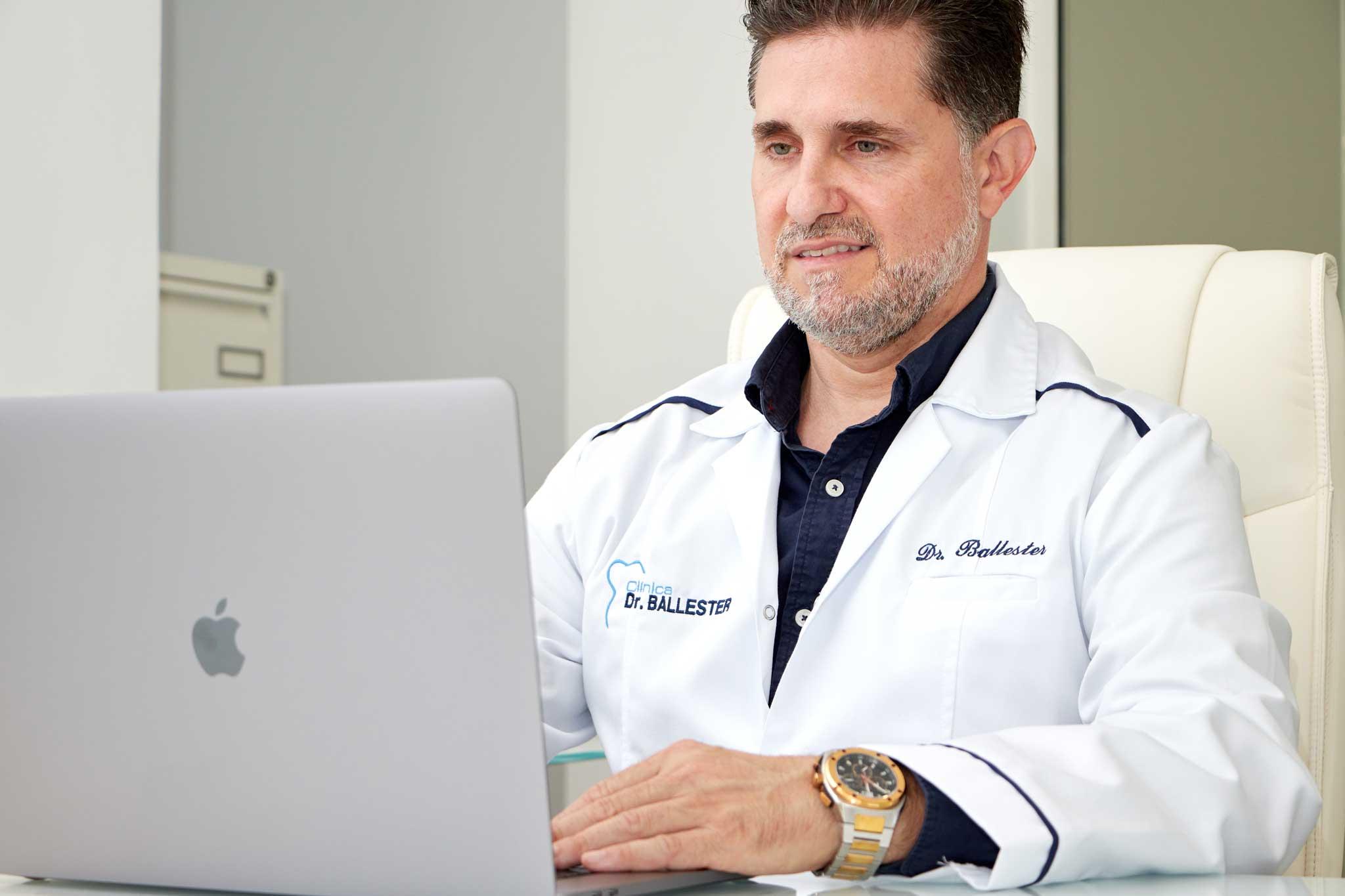 Implantología y traumatología en Denia – Dr.Ballester