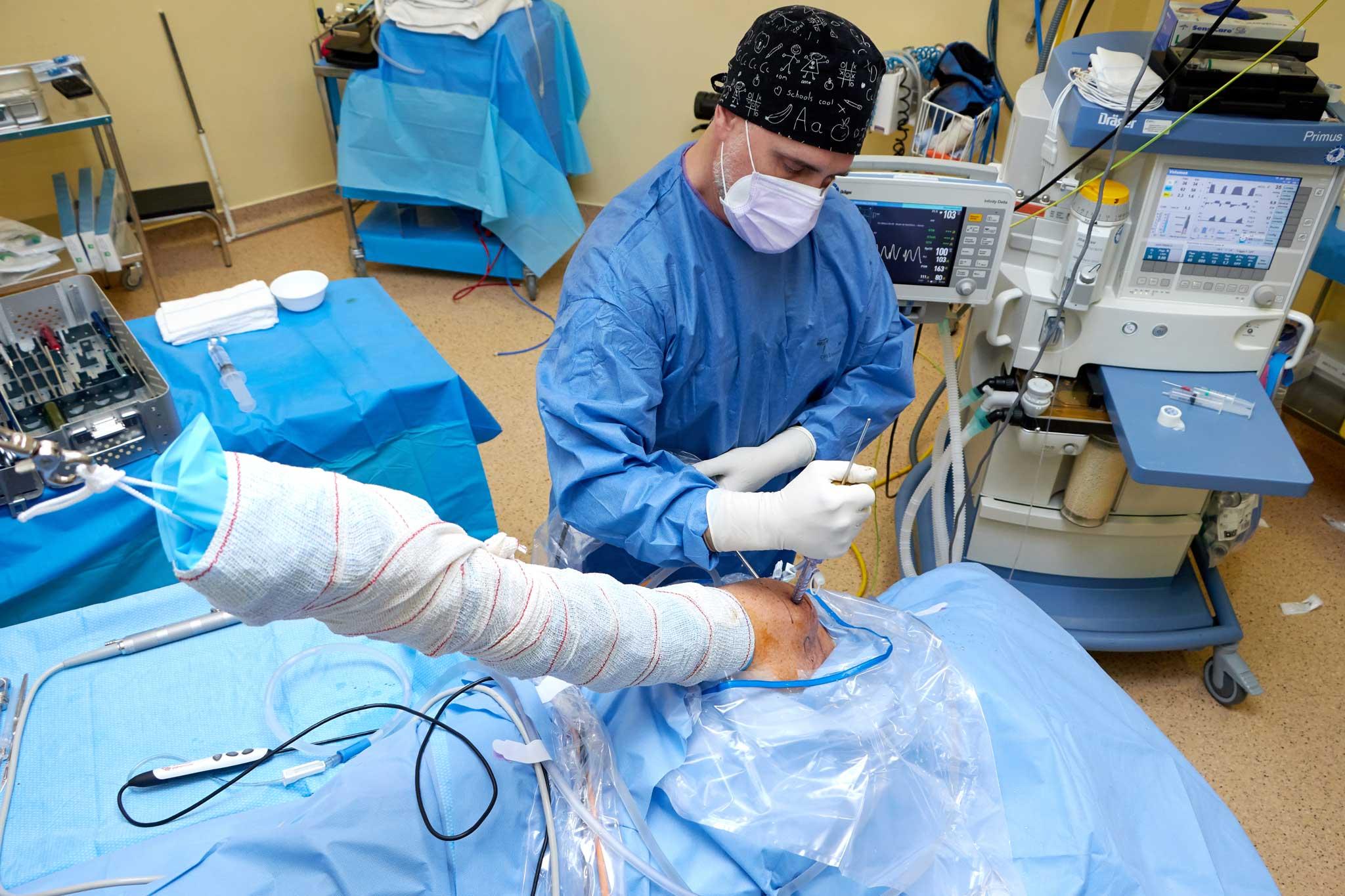 Profesionales de traumatología e implantología dental