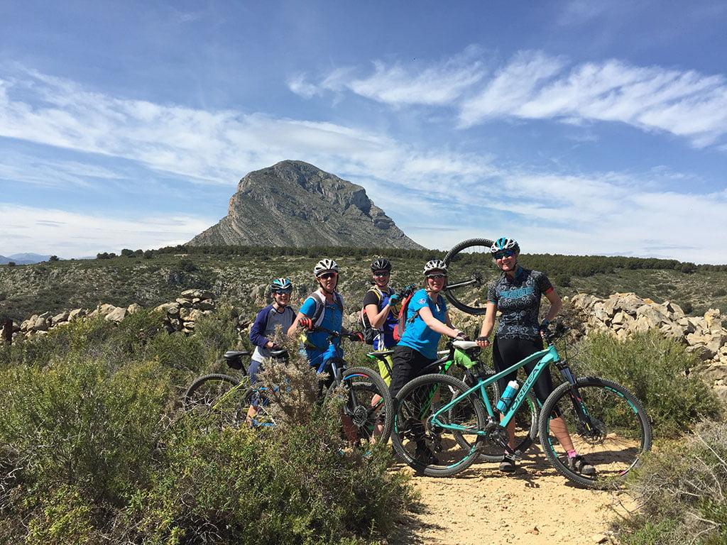 Rutas mountain bike guiadas Aventura Pata Negra