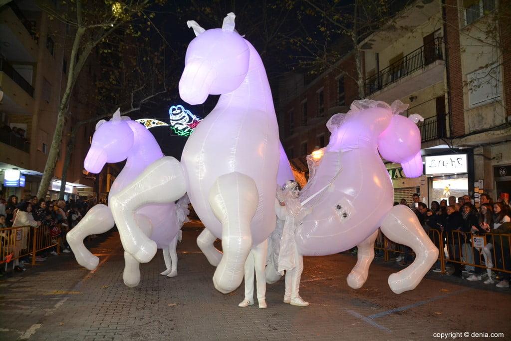 Cabalgata Reyes Magos Dénia 2019 - Chevaux géants