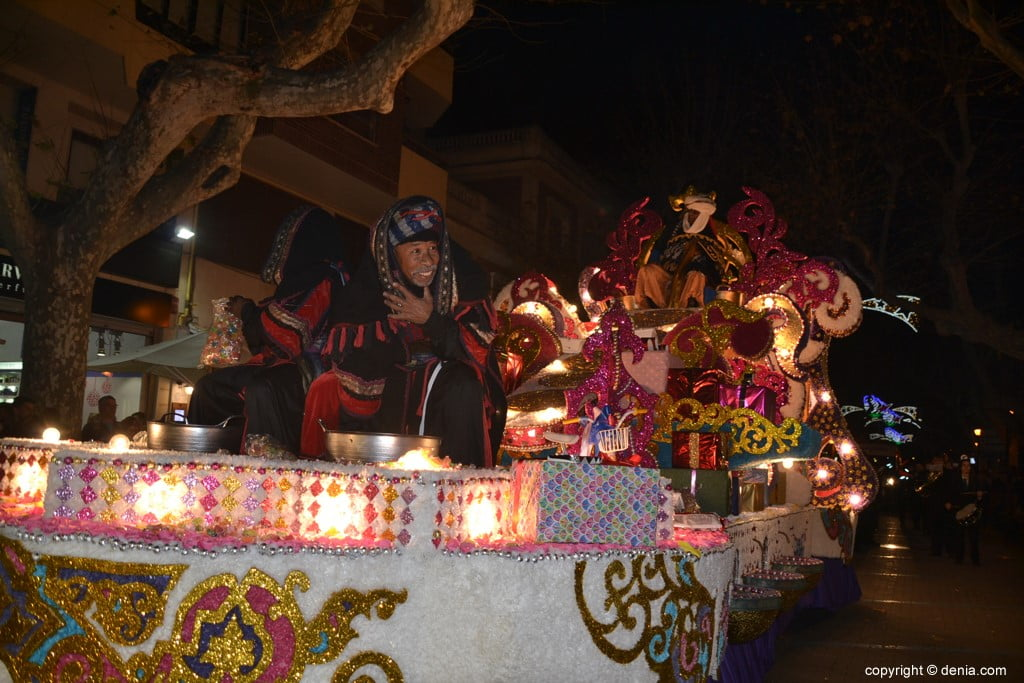 Cabalgata Reyes Magos Dénia 2019 - Carroza de Baltasar