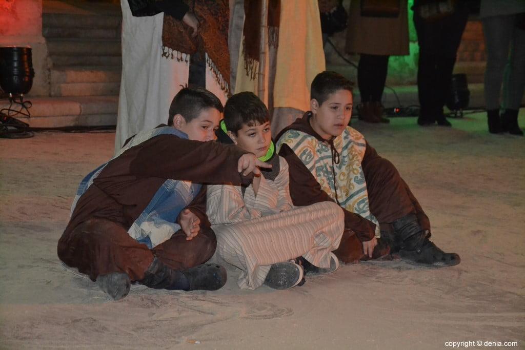 Cabalgata Reyes Magos Dénia 2019 - Enfants du berceau vivant