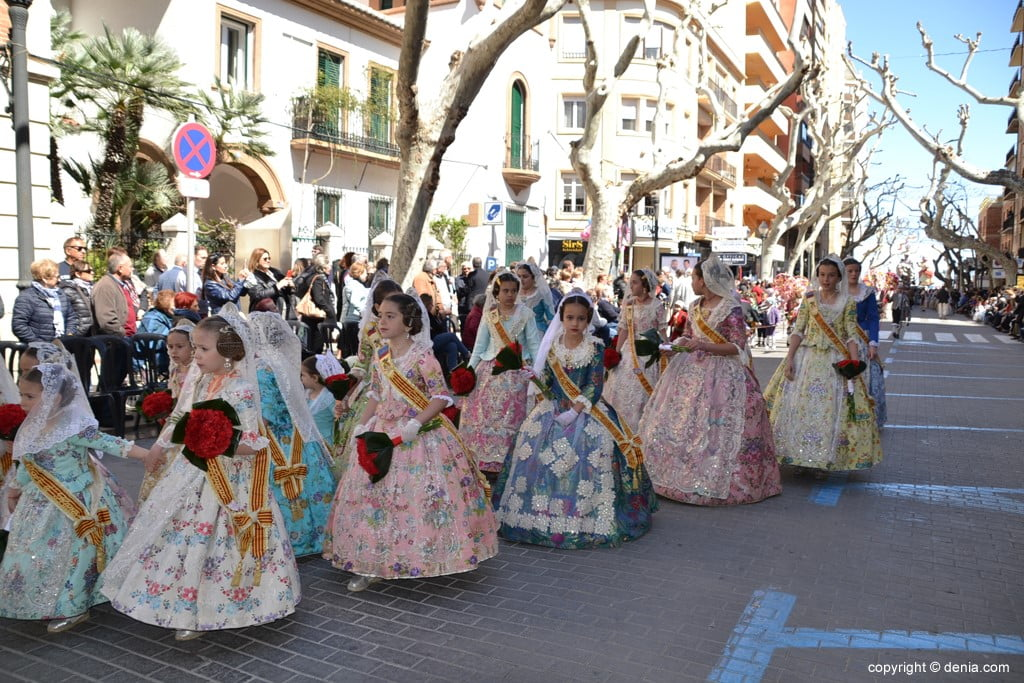 04 2019 Offering Dénia Fallas - Falla Baix la Mar