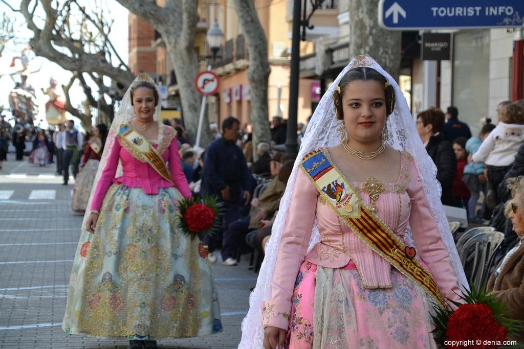07 Offrant Fallas Dénia 2019 - Darrere del Castell