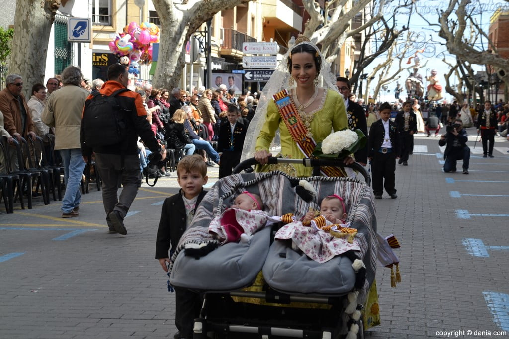 07 2019 Offering Fallas Denia - Falla Diana