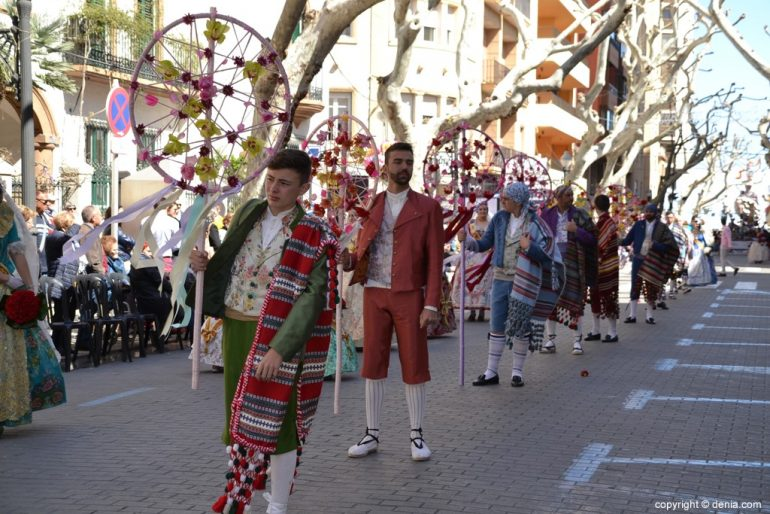 Offrant 12 Fallas Dénia 2019 - Falla Baix la Mar