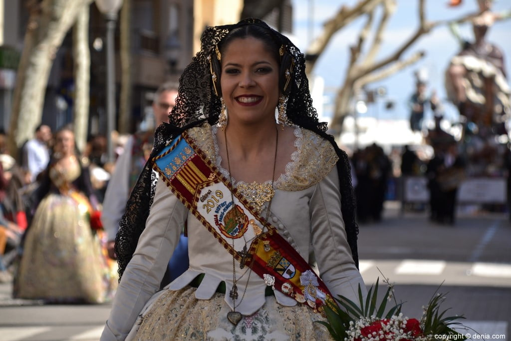 12 2019 Offering Dénia Fallas - Paris Falla Pedrera