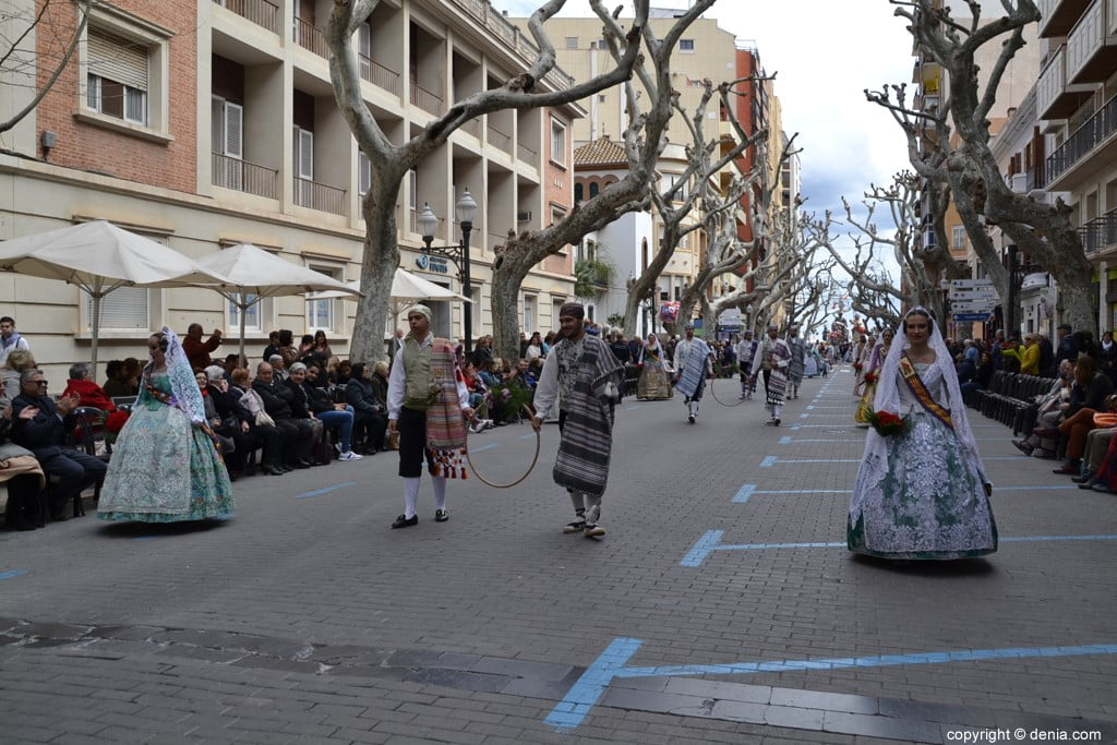 13 2019 Offering Dénia Fallas - Falla Campaments