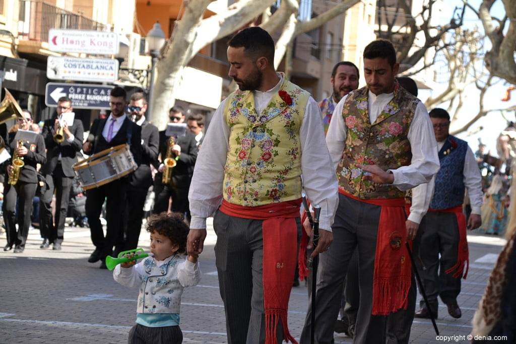 16 2019 Offering Dénia Fallas - Paris Falla Pedrera