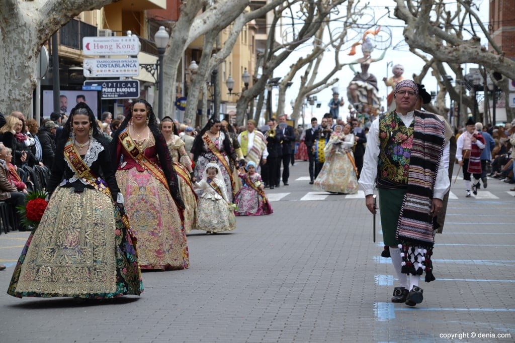 21 2019 Offering Dénia Fallas - Falla Campaments