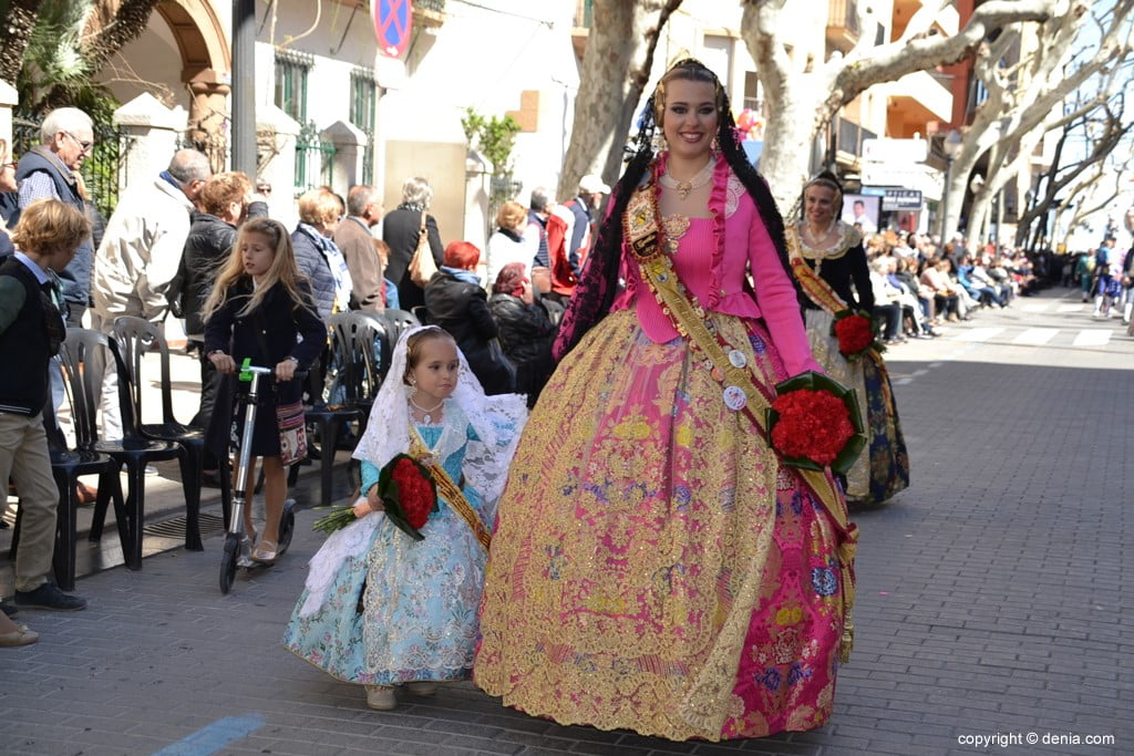 22 2019 Offering Dénia Fallas - Falla Baix la Mar