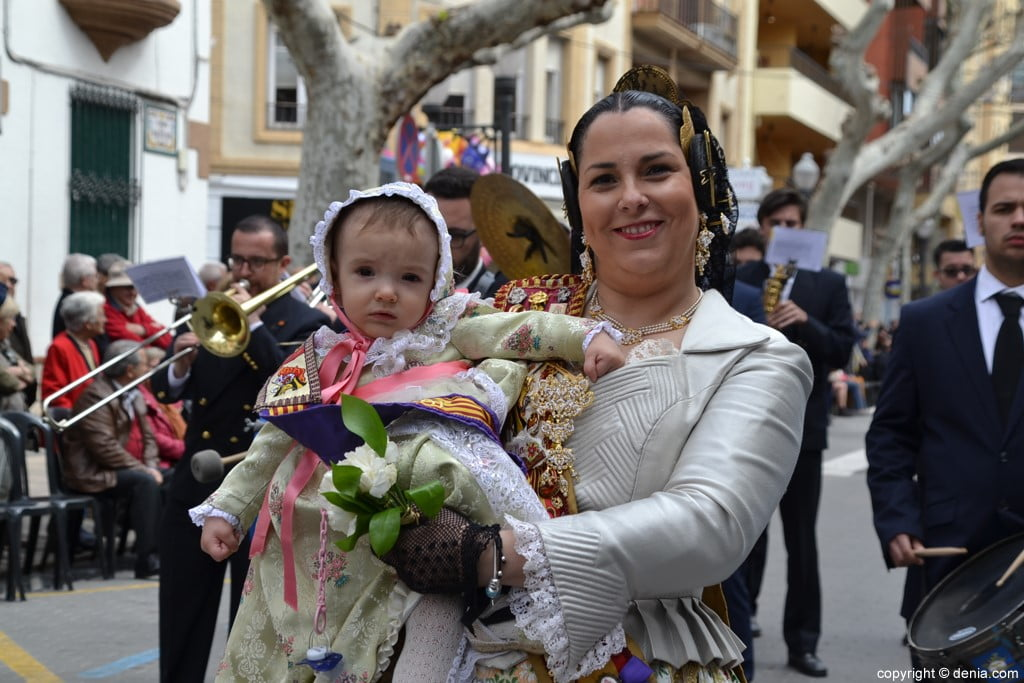 22 2019 Offering Dénia Fallas - Falla Campaments