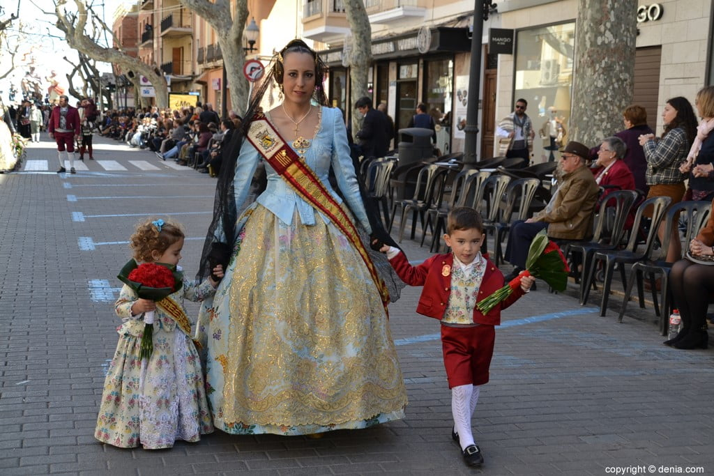 23 2019 Offering Dénia Fallas - Falla Baix la Mar