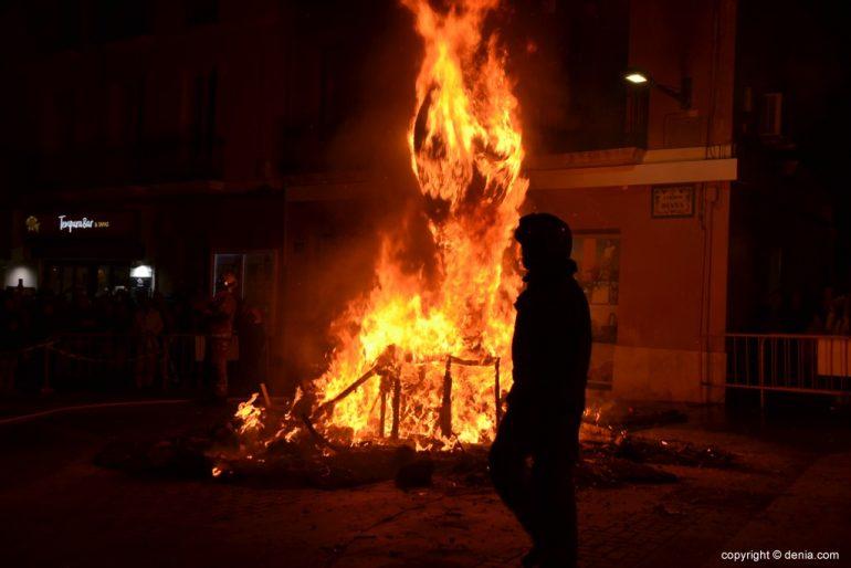 24 Cremà de la falla de la Junta Local Fallera 2019 - Fuego