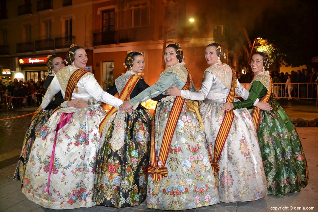 29 Cremà de la falla of the Local Board Fallera 2019 - Amparo and his court of honor