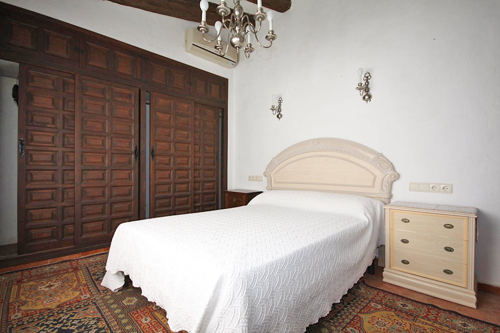 Bedroom with air conditioning Stella Inmo Consulting