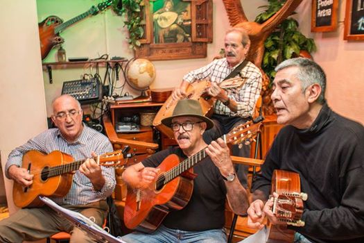 Luis Fierro and the musiqueros