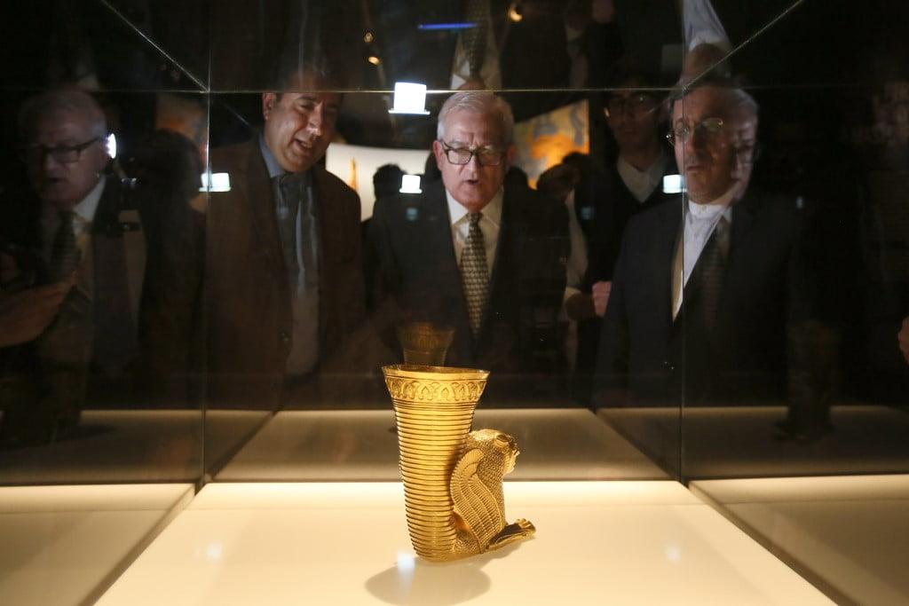 Pièces de l'exposition sur l'empire persan au MARQ