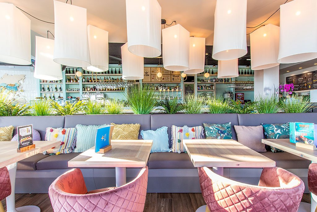 Sofás – Restaurante Ammos