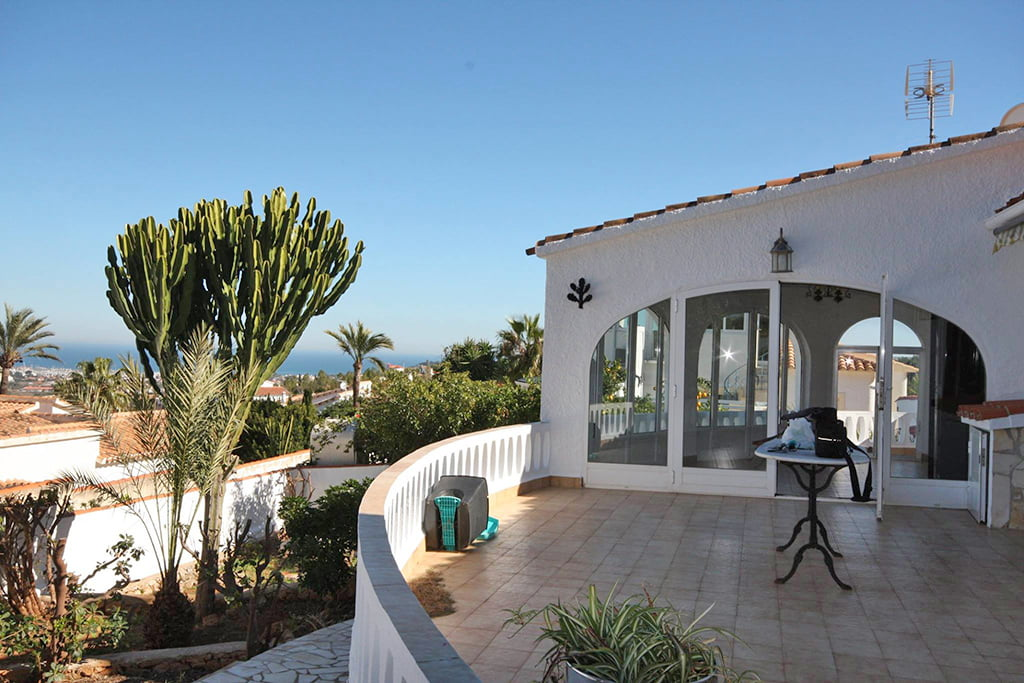 Terrace with sea view Stella Inmo Consulting