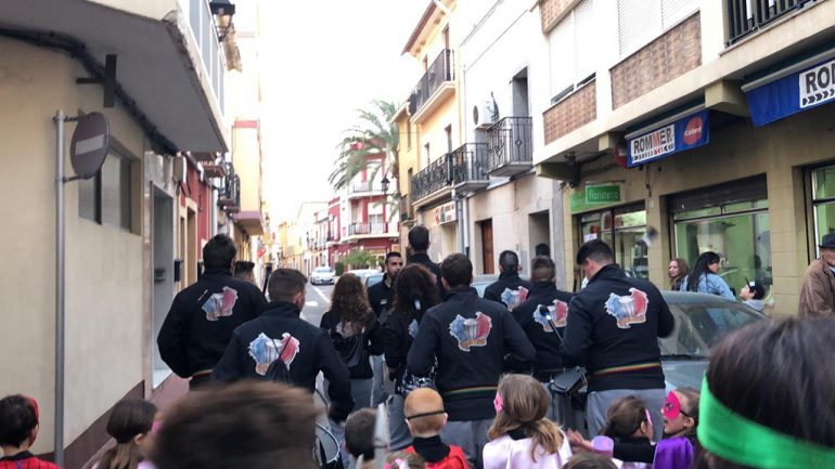 Batucada para carnaval Dénia - Batucada Azäleé Grup de percussió d'El Verger