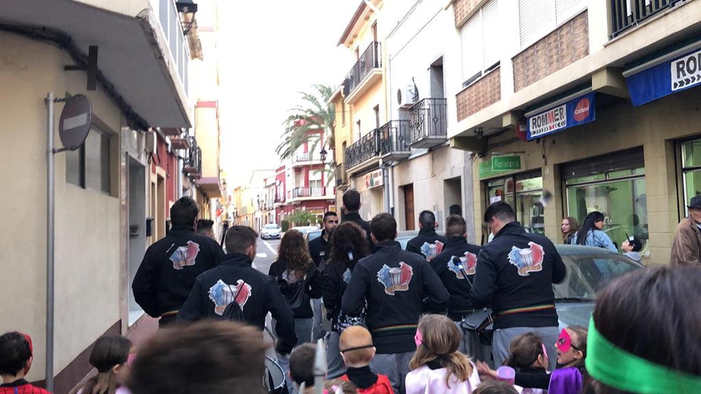 Batucada para carnaval Dénia – Batucada Azäleé Grup de percussió d'El Verger