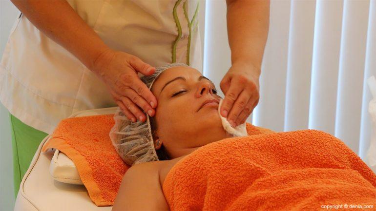 Neteja facial Yvonne, massatges, estètica & bellesa