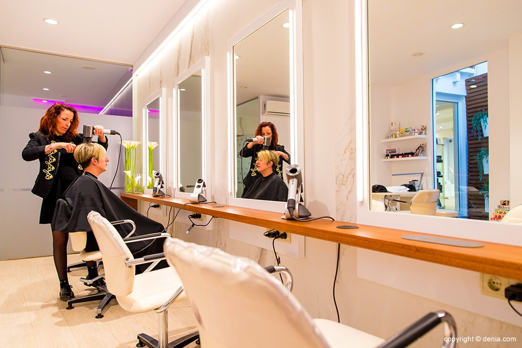 Hairdressing in Dénia - The Reference Studio