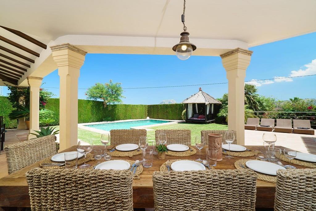Terrassa i piscina lloguer de vacances Aguila Rent a Vila