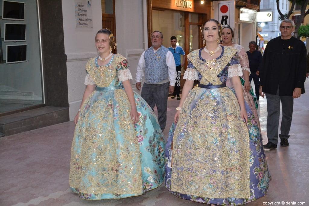 Elección de las falleras mayores de Dénia 2020 – LLegada de Safir y Martina