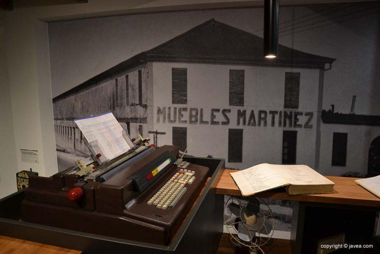 Repaso 100 años Muebles Martínez