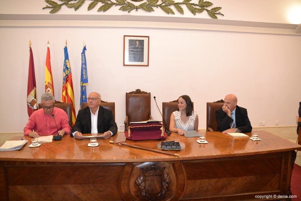 Grondwet van de gemeenteraad van Dénia - Leeftijdstabel