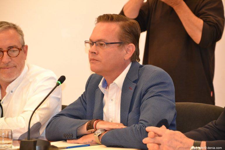 Último pleno de la legislatura en Dénia - Alex Rodenkirchen