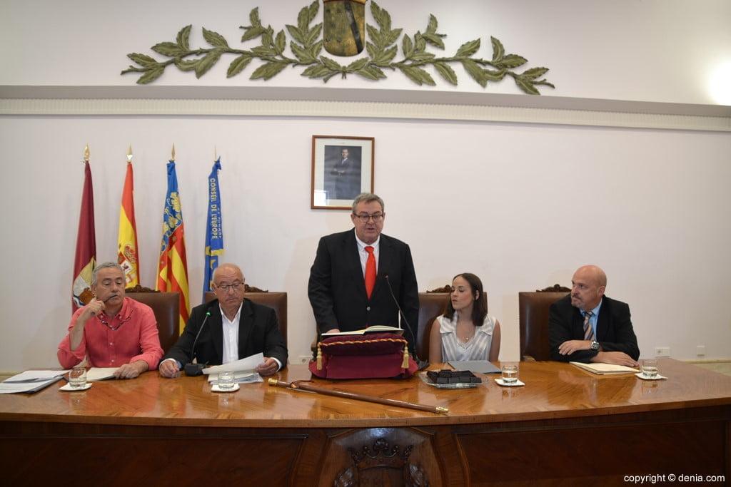 Grondwet van de gemeenteraad van Dénia - Paco Roselló